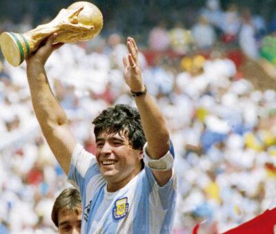 Argentinian Football Legend, Diego Maradona , Passes On